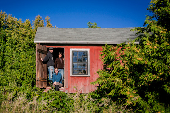 Jen�e Rowe and farmers on Campbell-DeYoung Farm by Andrew Williamson