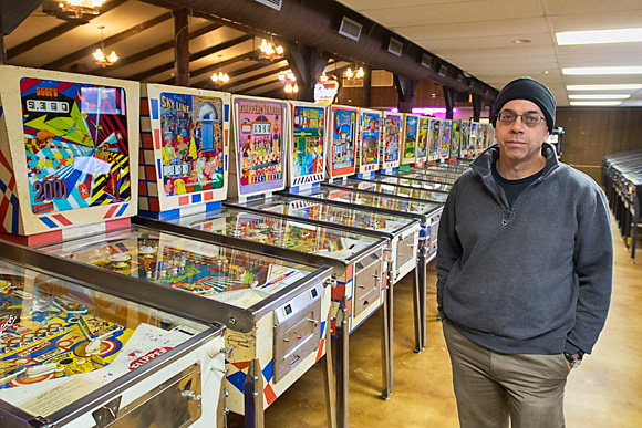 Clay Harrell at the Ann Arbor Pinball Museum