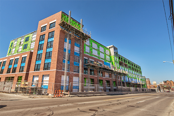 High end apartments at 618 South Main under construction