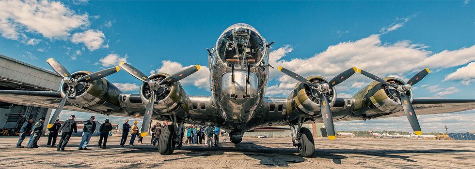 The Yankee Air Museum's B-17 takes on passengers - Ypsilanti