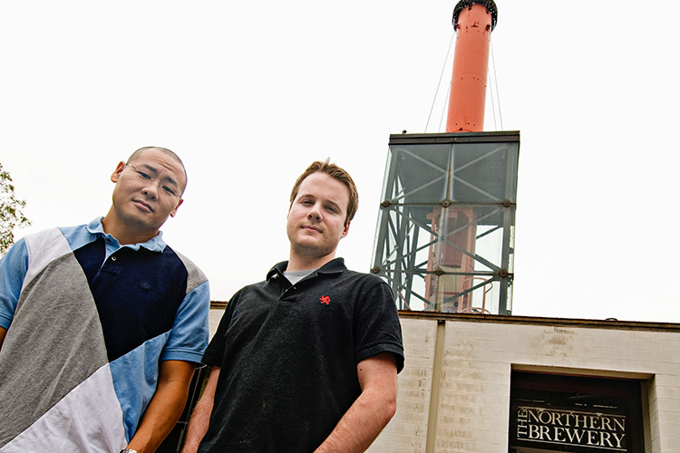Duo Security co-founders Dug Song and Jon Oberheide at the Tech Brewery in 2010