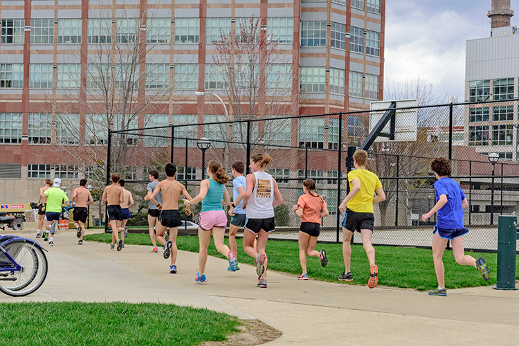 University of Michigan's MRun Club takes off for an afternoon run