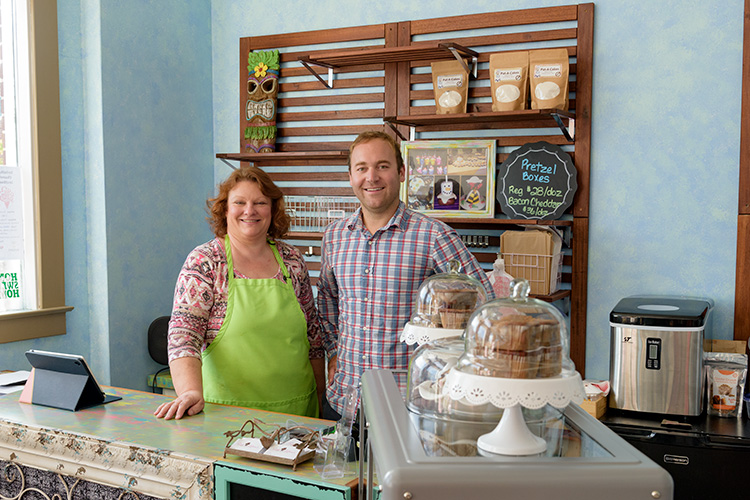 Sweet Leilani's Desserts owner Sheila Vish with Saline Main Street executive director Riley Hollenbaugh.