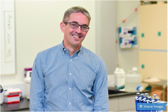 Akadeum CTO John Younger in Akadeum's cell isolation lab.