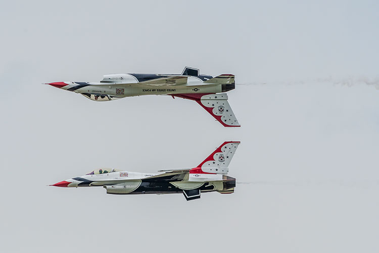The USAF Thunderbirds at Thunder Over Michigan