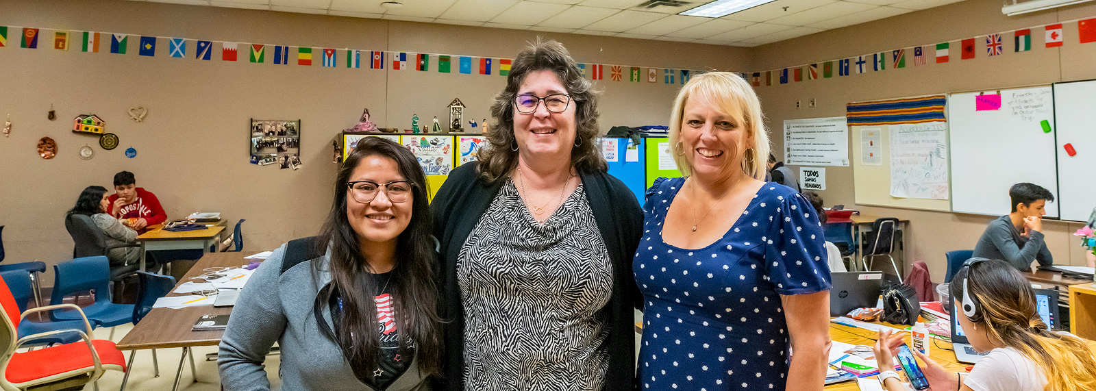 Diana Bernal-Canseco, Charo Ledon, and Liz Sirman of Buenos Vecinos at YCHS