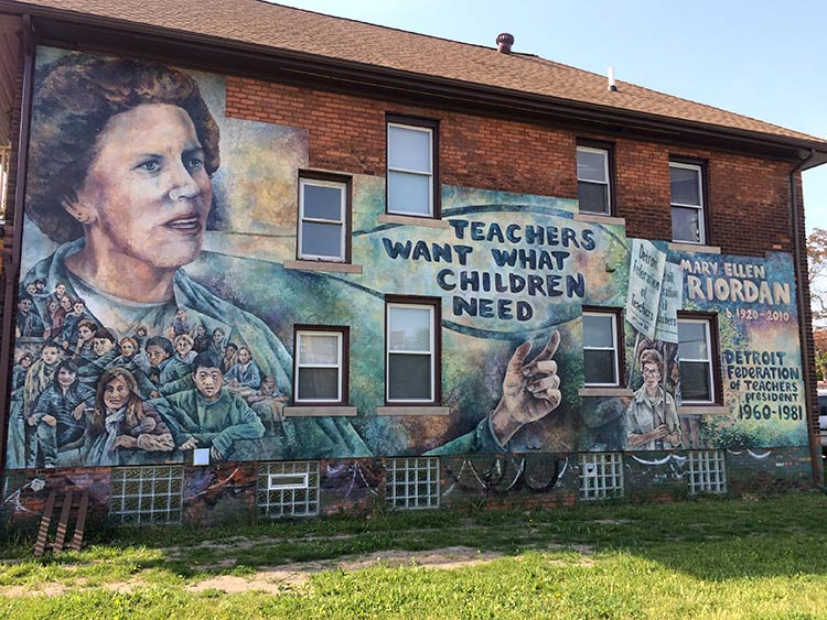 The Mary Ellen Riordan mural as a finished product. Photo by Jon Zemke.