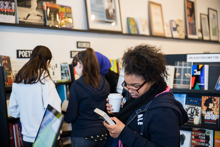 Students from River Rouge and Western International high schools visit pages bookshop in northwest