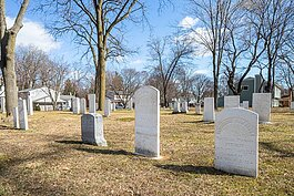 Quaker Cemetery. Photo by David Lewinski.