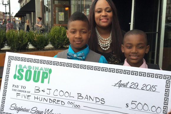 Young entrepreneur brothers win at Saginaw Soup event