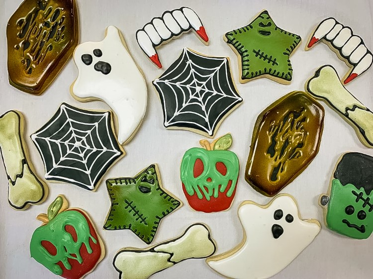 Some of Schooley's more detailed work with holiday-themed cookies.