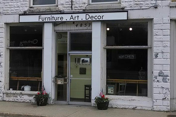 Redeemed Furniture Art and Decor comes to Manistee