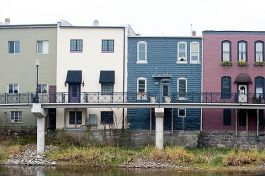 The boardwalk in Portland made upper floor housing possible for more buildings