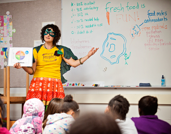 Hether Frayer, the Fresh Food Fairy,  speaks to a class at Northglade Montessori Magnet School
