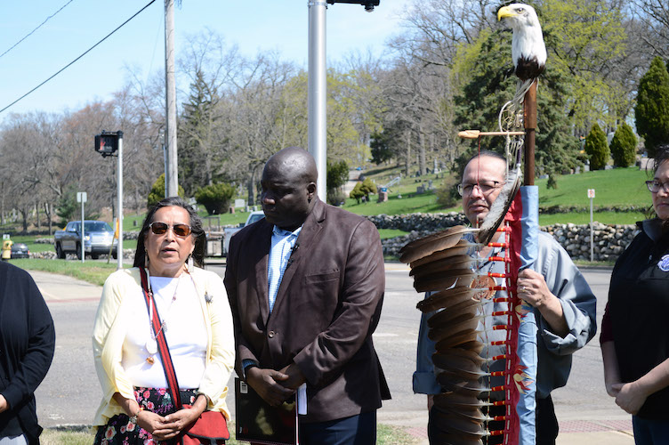 Phyllis Davis, Kalamazoo Mayor Bobby Hopewell, and Gun Lake council member Jeff Martin at the placement of the first Pottawatomi Reservation Line signs April 22.
