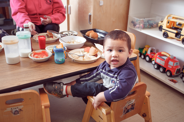 Getting an early start at eating right at the Migrant Head Start Program. Photo by Autumn Johnson