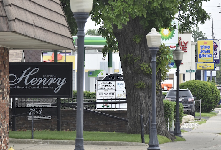 Henry Funeral Home is located in a very busy stretch of Capital Avenue Southwest in the Lakeview business district
