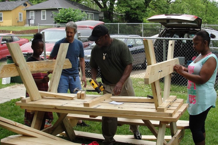ENet and KENA organized a picnic construction event at Rockwell Park.