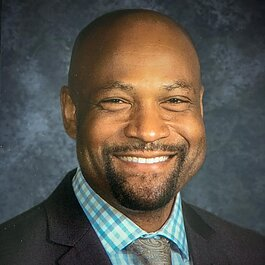 Shawn Shackelford, principal of Central Middle School