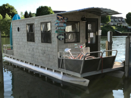 A floating office is the perfect summer office for Katie Stepp.