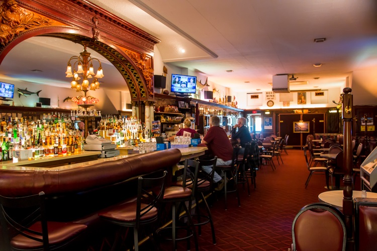 10 Of Port Huron S Best Bars