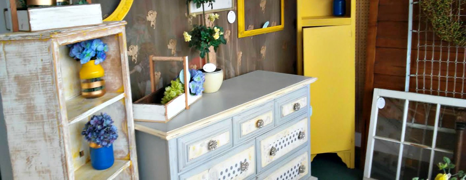 Vendors who upcycle furniture can find a home at Cinda Gondol-Mills new shop.