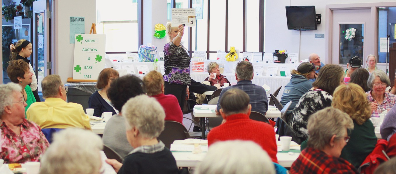 the senior center boasts a full house for their annual March Madness fundraiser. <span class='image-credits'>Jennifer Knightstep</span>