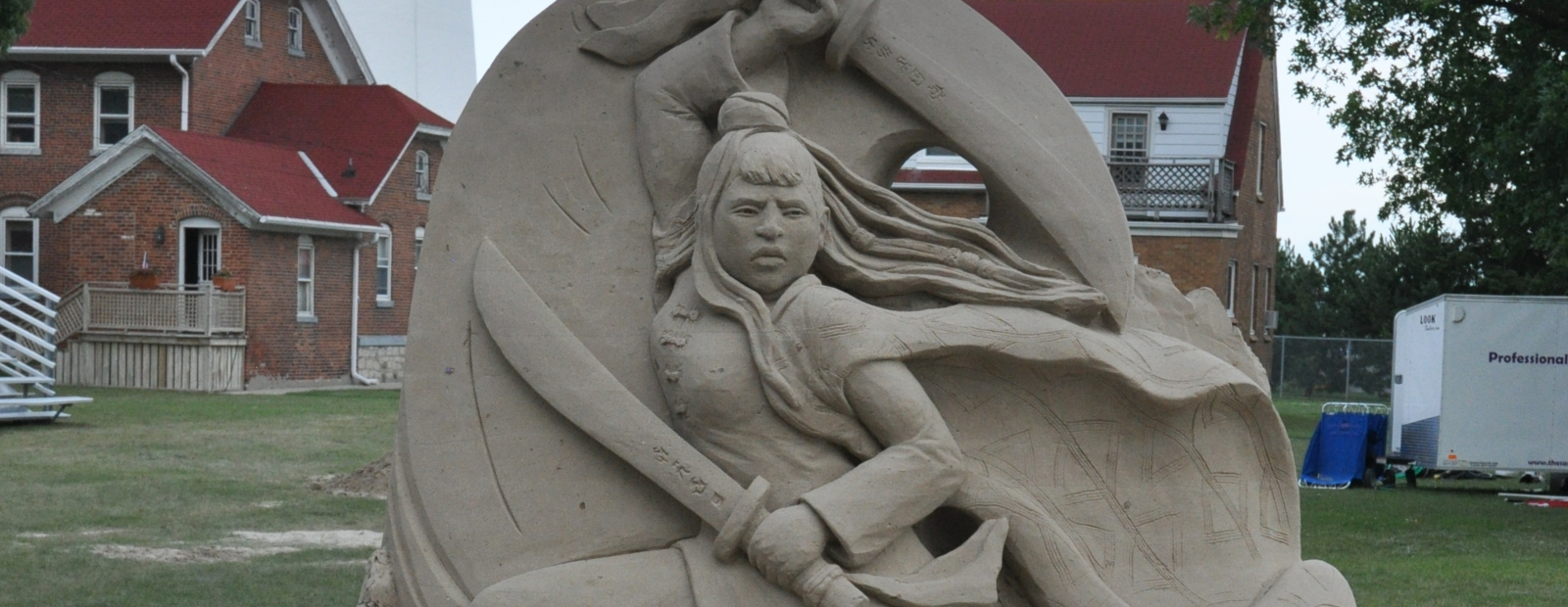 Artists give life to dramatic sculptures during blue water sand fest
