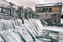 Barton Dam/Photo by Doug Coombe