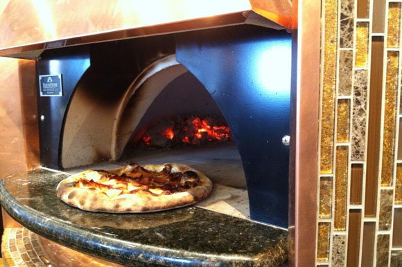Huron Mountain Bakery adds wood oven pizza