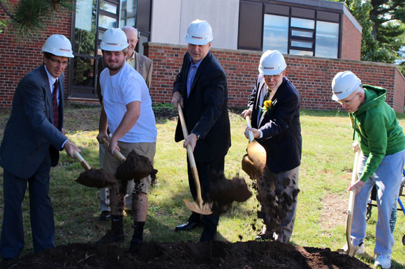 Groundbreaking on the new Beaumier Alumni Center at NMU.