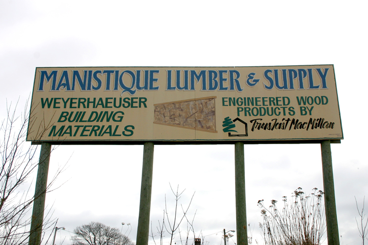 The lumber industry and the Manistique River have a shared history in the area.